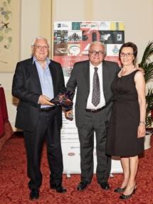 40_Platinum-OFG-Premio-Agora